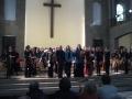 Iris Krall (Konzertmeisterin), Wolfgang Danzmayr (Dirigent), Anna Töller (Choreinstudierung), Eva Leitner (Alt), Cornelia Bitzner-Petriu (Sopran), Signe Seidel (Sprecherin)